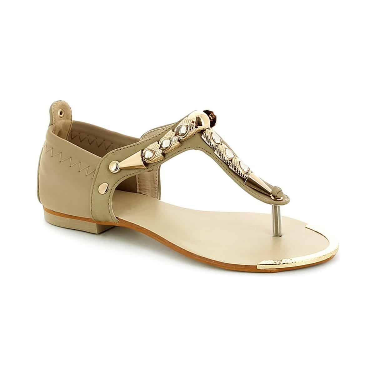 printemps-été 2016 : escarpins, sandales plates…les grandes