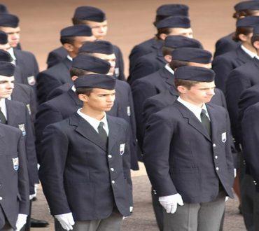À quoi servent les uniformes des militaires ou des policiers?